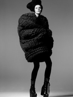 miss-shaped-steven-meisel-9 vogue italia oct 2014.jpg