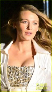 margot-robbie-blake-lively-go-glam-for-chanel-fashion-show-in-nyc-04.jpg