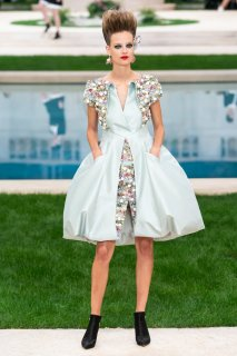 Ine Neefs Chanel Spring 2019 Couture 1.jpg