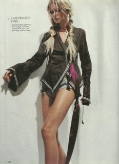 elle russia may 2003 kirsty hume 3.jpg