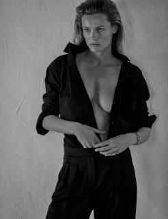 Vogue_Polska_july2019-1470.jpg