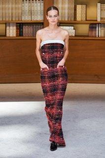 Ine Neefs Chanel Fall 2019 Couture 1.jpg