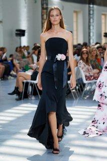 Ine Neefs Alexandre Vauthier Fall 2019 Couture 3.jpg