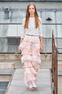 Ine Neefs Chanel Spring 2020 RTW PFW 1.jpg