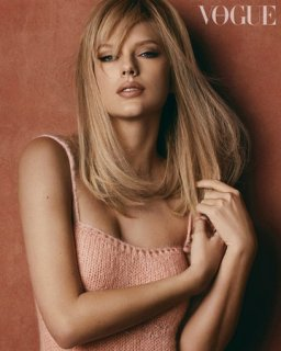 Taylor Swift BV Jan _03.jpg