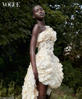 supermodel-adut-akech-covers-vogue-australias-january-2020-issue.jpg