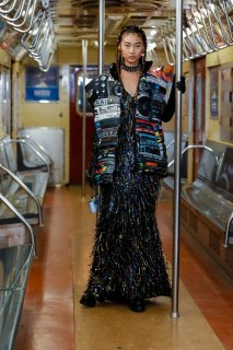 Moschino-Pre-Fall-Menswear-Fall-Winter-2020-New-York-0071-1575920429.jpg