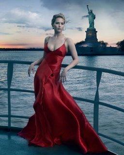 Jennifer Lawrence, New York, NY, 2017.jpg