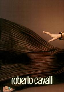 Mert_&_Marcus_Roberto_Cavalli_Spring_Summer_2005_02.png