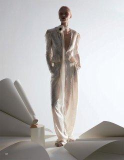 Vogue 服饰与美容 - 六月 2020-119 拷貝.jpg