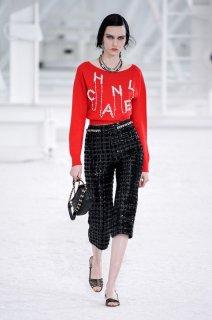 Sofia Steinberg Chanel Spring 2021 RTW MFW 1.jpg