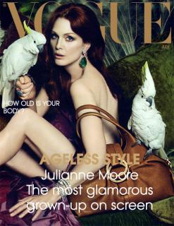 Julianne_US_Vogue_2020.png