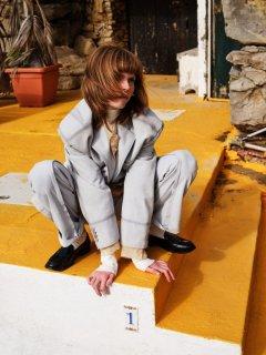 Johan-Sandberg-Vogue-Laura-Beuger-6-768x1024.jpg