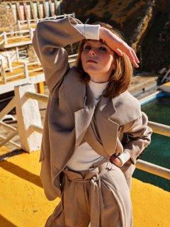 Johan-Sandberg-Vogue-Laura-Beuger-7.jpg