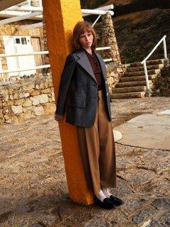 Johan-Sandberg-Vogue-Laura-Beuger-8-768x1024.jpg