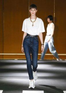 Dolce_Gabbana_DGDigitalShow_LOOK_F1-1468x2048.jpg