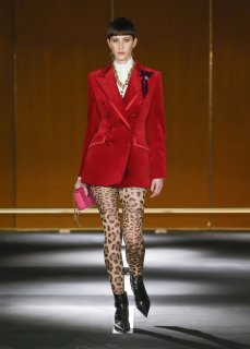 Dolce_Gabbana_DGDigitalShow_LOOK_D7-1468x2048.jpg