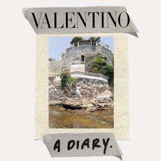 valentino_diary_spring_21_w_1080x1080_07.jpg