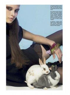 Vogue_Italia_-_Gennaio_202103.jpg