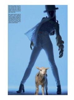 Vogue_Italia_-_Gennaio_202108.jpg