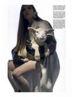 Vogue_Italia_-_Gennaio_202110.jpg