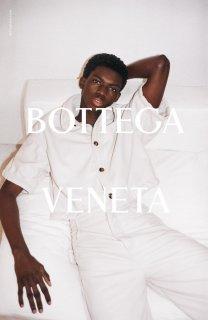 BottegaVeneta_Salon01_A4-1336x2048.jpg