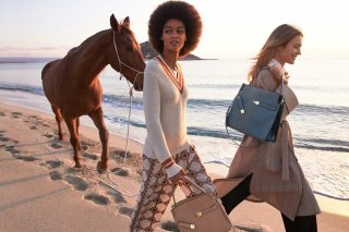tory-burch-spring-2021-ad-campaign-the-impression-002.jpg