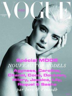 Agyness_Vogue_Paris_2008.jpg
