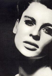 british_vogue_december_1967__julie_christie__baileysm.jpg