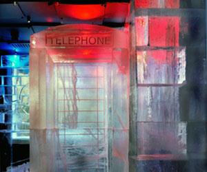 absolut-icebar-phonebox.jpg