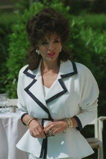 Joan-Collins-style-icon-J-007.jpg