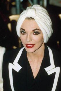 Joan-Collins-style-icon-J-009.jpg