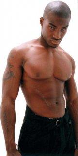 Tyson-Beckford-02.jpg