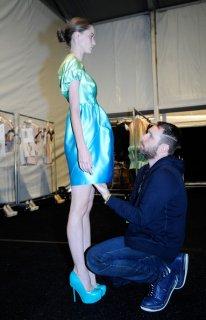 Alexandre+Herchcovitch+Backstage+Spring+2011+DnvV7agjwLZl.jpg