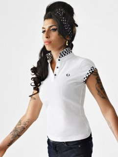 amy-winehouse-x-fred-perry-06.jpg