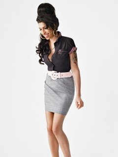 amy-winehouse-x-fred-perry-07.jpg
