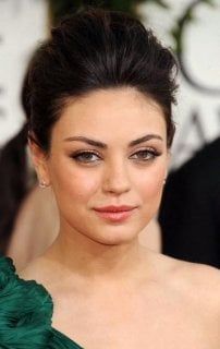 mila-kunis-2010-golden-globes-makeup-fashion.jpg