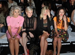 Eliza+Doolittle+Celebrities+Front+Row+London+hH-Io4i5hq6l.jpg